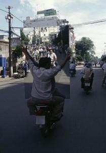 xe-cho-hang-cong-kenh-viet-nam-1