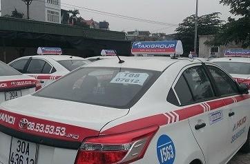 Tuyển nhân viên lái xe Taxi Group tháng 11 năm 2015
