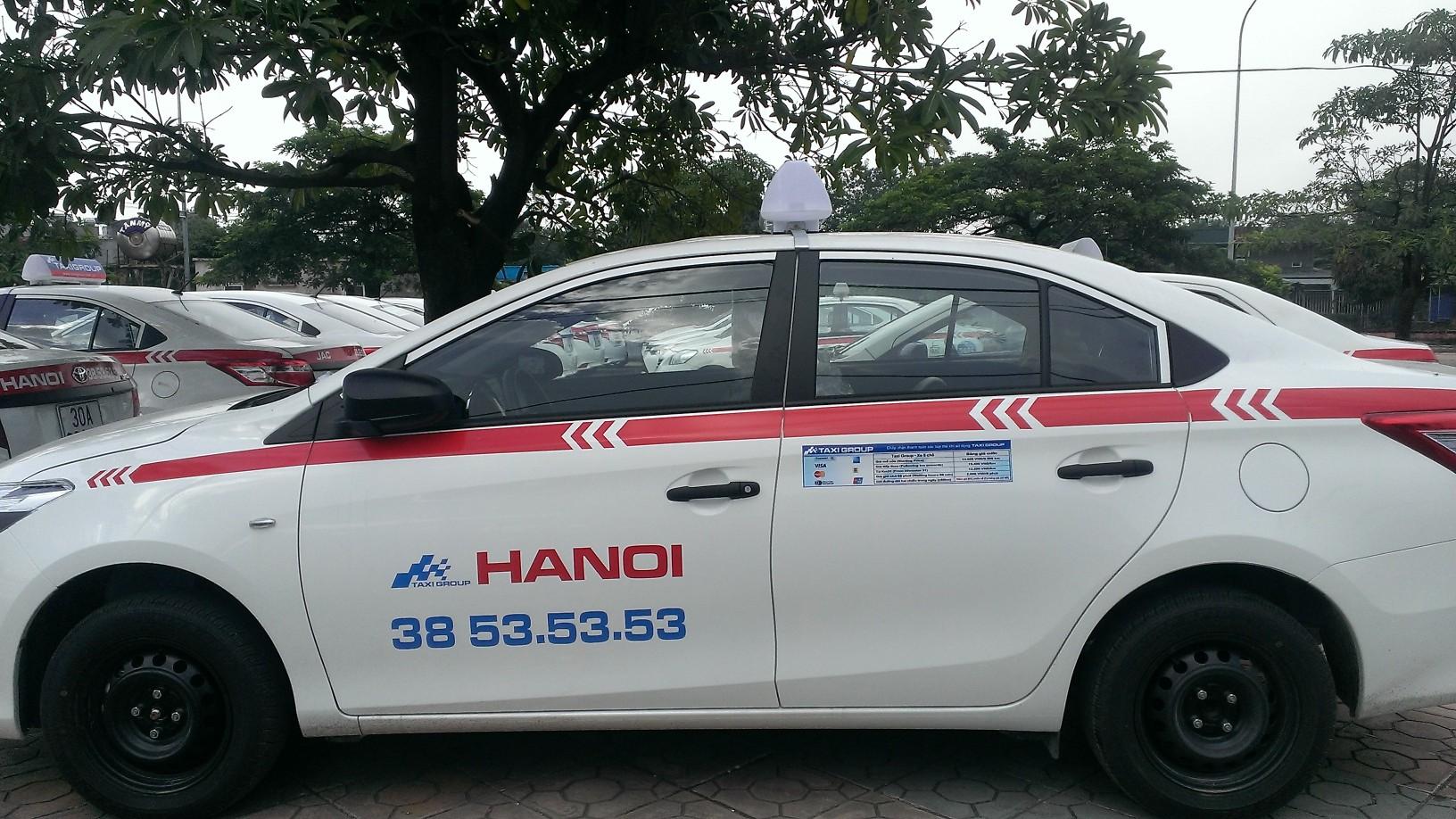 Taxi Group tuyển lái xe trong tháng 9